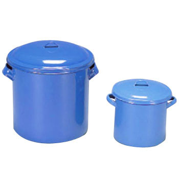 Enamel Tank with Grip and Lid