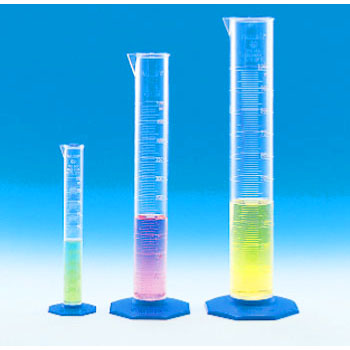 Measuring cylinder made of PMP