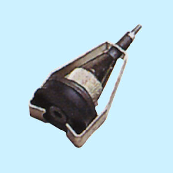 ATTACHMENT FOR BRAKE BLEEDER